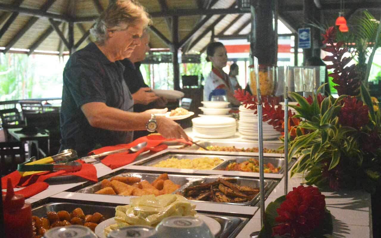 Desayuno buffet complementario